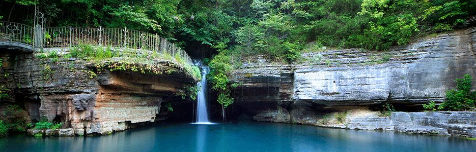 Dogwood Canyon Nature Park Waterfall