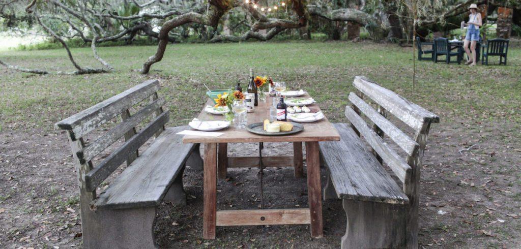 Greyfield Inn outdoor dining